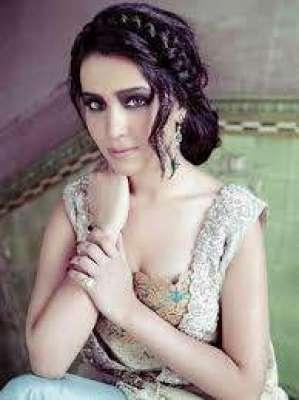 اداکارہ حمائمہ ملک  پرسوں اپنی 29ویں سالگرہ منائیں گی
