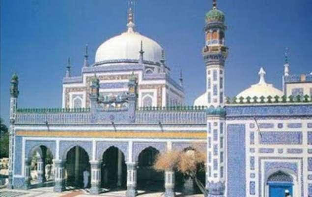 صوفی بزرگ و شاعر شاہ عبدالطیف بھٹائی کے عرس کی تقریبات جاری