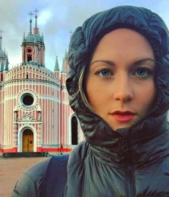 27سالہ خاتون دنیا کےتمام ممالک کا سفر کرنے والی پہلی خاتون بننے والی ..