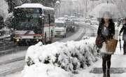 مری میں 35 سال بعد اپریل میں برفباری سے سردی کی شدت میں اضافہ