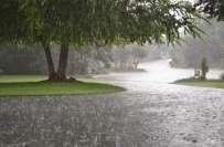 لاہور میں بارشوں کا پانی کھڑا ہونے سے شہری پریشان