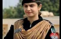 وطن کی خاطر کچھ کر گزرنے کا جذبہ، پاکستان میں بم ڈسپوزل اسکواڈ کی پہلی ..