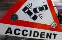 کوئٹہ ، مسافر وین اور ٹرالر کے درمیان تصادم ایک بچی سمیت 5 افراد جاں ..