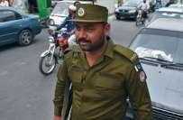 لاہور،وردی کی تبدیلی بھی لاہور پولیس کے رویے نہ بدل سکی