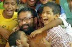 بھارت میں 44 سالہ شخص نے ایڈزمیں مبتلا 22 بچوں کوگود لے لیا