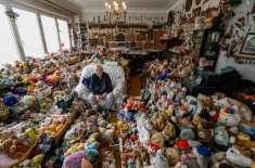 86 سالہ بوڑھی عورت نے 65 سالوں میں 20 ہزار اشیاء جمع کر لیں