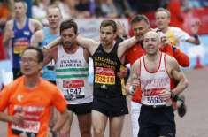 لندن میراتھن  میں 40 ہزار افراد دوڑے مگر ہیرو ہار کر بھی جیت گیا