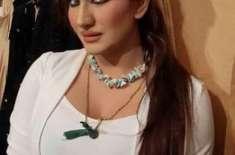 تھیٹر پر جو کچھ ہو رہا ہے وہ عوام کی ڈیمانڈ کے عین مطابق ہے' صائمہ خان