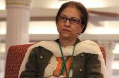 نامور وکیل عاصمہ جہانگیر نے وزیراعظم کا مقدمہ لڑنے سے معذرت کر لی