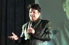 معروف مزاح نگار نے عمران خان کے ساتھ گزرے وقت کی یادیں بتا دیں
