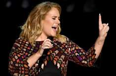 برطانوی گلوکارہ اڈیل کی طلاق ہو جانے پر ان کے مداح خوشیاں منا رہے ہیں