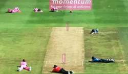 جوہانسبرگ میں سری لنکا اور جنوبی افریقہ کے درمیان کھیلے جانے والے ایک ..