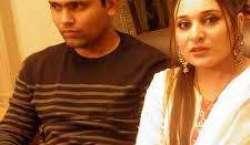 جب مداح ملنے کیلئے گھر آتے ہیں تو جلن ہوتی ہے ' اہلیہ کامران اکمل