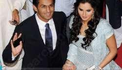 پاکستانی کرکٹر شعیب ملک اور بھارتی ٹینس سٹار ثانیہ مرزا کی شادی کی ..