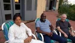 پاکستان کو انگلینڈ کیخلاف سیمی فائنل جیتنے کیلئے عمران خان کی کارنرڈ ..
