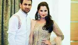 بھارتی ٹینس سٹار ثانیہ مرزا شوہر شعیب ملک کے ہمراہ سیالکوٹ پہنچ گئیں