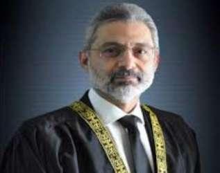 پاناما کیس لندن فلیٹس کا تھا، نااہل اقامہ پر کیا گیا،جسٹس قاضی فائزعیسیٰ