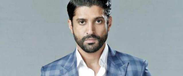 فرحان اختر اپنی نئی آنے والی فلم میں قیدی کا کردار کیلئے جیل پہنچ گئے