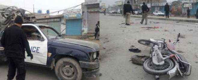 ڈیرہ اسماعیل خان میں پولیس وین کے قریب دھماکے سے چار پولیس اہلکاروں ..