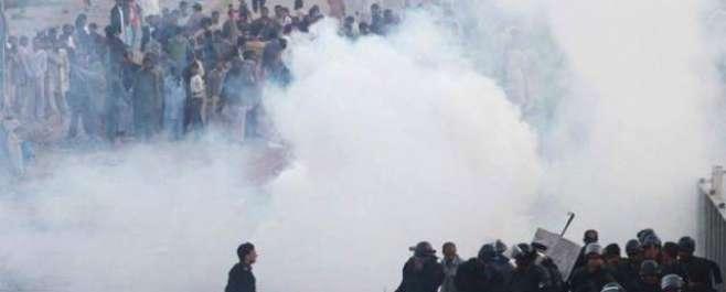 کلمہ چوک میں احتجاجی مظاہرہ،ٹریفک جام،گجومتہ تاکلمہ چوک تک میٹروبس ..