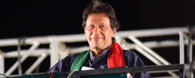 عمران خان کا وزیر اعظم نوازشریف کے سماجی بائیکاٹ کا مطالبہ