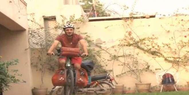 جون میں جرمنی کے شہر میونخ سے چلا جرمن شہری سائیکل پر لاہور پہنچ گیا