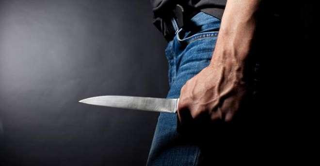 خواتین پر تیز دھار آلے سے حملے کے مبینہ مرکزی ملزم کی گرفتار کے باوجودکراچی ..
