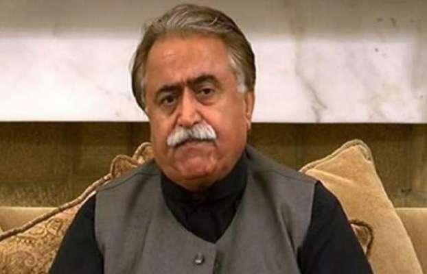 عمران خان نے ثابت کر دیا ہے کہ عقل، اخلاق اور عمر کا آپس میں کوئی تعلق ..