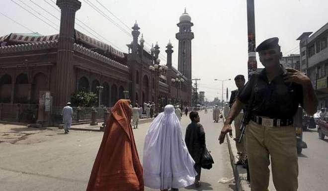 اسلام آباد پولیس کے نماز جمعہ کے لئے سکیورٹی کے سخت انتظامات