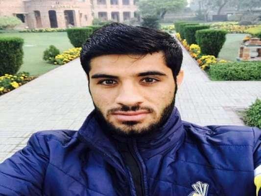 آرمی چیف نے پشاور زلمی کے ابھرتے کھلاڑی کو ملاقات کرنے کےلئے بلا لیا