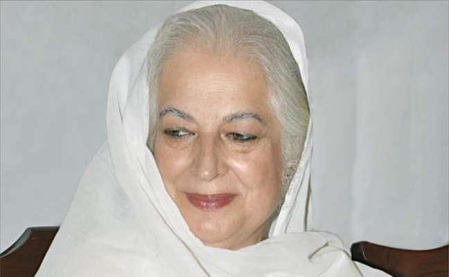 عمران خان پاکستان مخالفین کے اشاروں پر ناچ رہے ہیں، ذکیہ شاہنواز