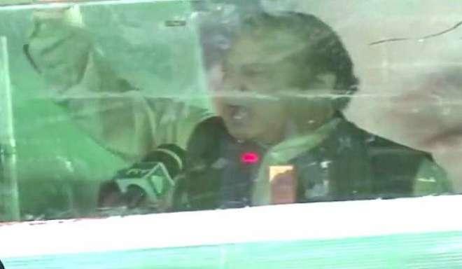 عوام ووٹ دیتے ہیں وہ ووٹ کی حرمت کوپاؤں تلے روندتے ہیں، محمد نوازشریف