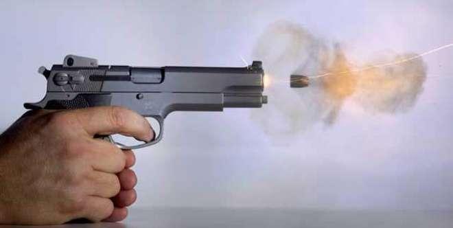 کورنگی میں ڈاکوئوں کی فائرنگ سے ایک راہگیر جاں بحق، دکاندار کی فائرنگ ..