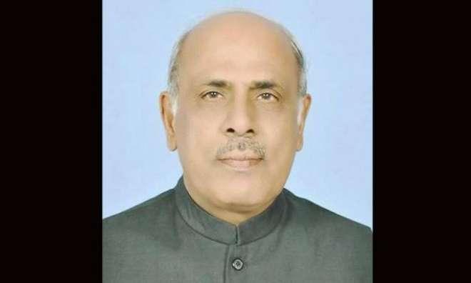 گورنر پنجاب ملک محمد رفیق رجوانہ کی حیات آباد پشاور میں پولیس وین ..