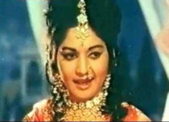 پاکستانی فلم انڈسٹری کی خوبرو فلمی اداکارہ رانی کی27ویں برسی 27 مئی کو ..