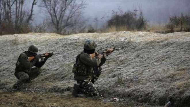 مقبوضہ کشمیر، مجاہدین کا بھارتی پیرا ملٹری فورس کے کیمپ پر حملہ، 4 بھارتی ..