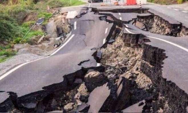 دیربالا اورگرد ونواح میں 3.5 شدت زلز لے کے جھٹکے