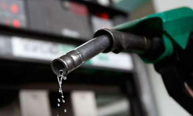 پیٹرولیم مصنوعات کی قیمتوں میں 3 سے 6 روپے تک اضافے کا امکان