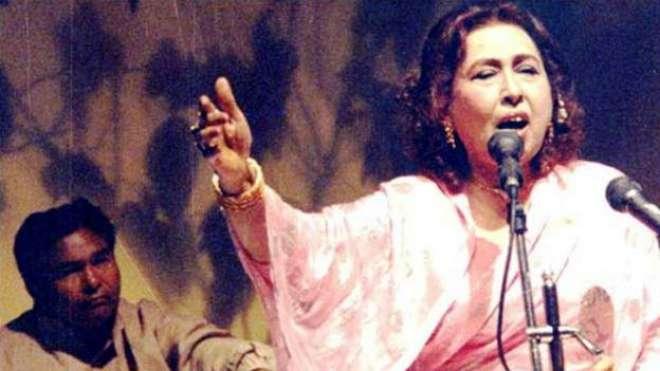 برصغیر کی معروف غزل گائیک اور پاکستان کی نامور گلوکار ہ اقبال بانو ..