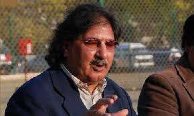 پاکستانی کرکٹز سرفراز نواز کو جان سے مارنے کی دھمکیاں