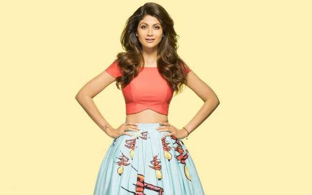 شلپا شیٹھی نے بھی دیپکا پڈوکون کی فلم ''پدماوتی'' کی حمایت کر دی