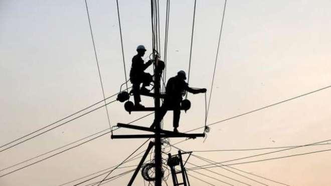 کے الیکٹرک کی بن قاسم کے علاقے میں بجلی چوری کے خلاف مہم