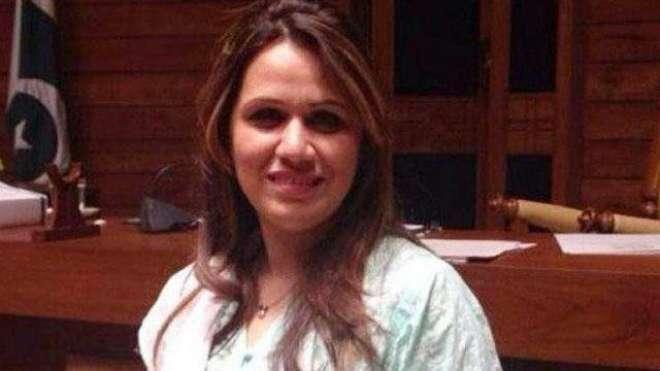 تحریک انصاف کی رہنما ارم عظیم فاروقی نے پارٹی کو خیر آباد کہنے کا عندیہ ..
