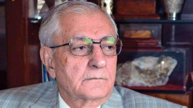 گورنربلوچستان محمد خان اچکزئی کی ہرنائی سبی ریلوے ٹریک پر کام کرنے ..