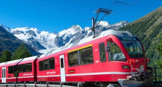 سوئٹزرلینڈمیں پہاڑوں پر چڑھنے والی ٹرین کا افتتاح
