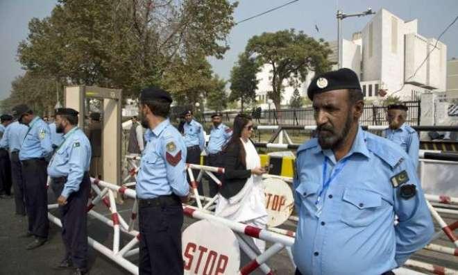 پانامہ کیس کے پیش نظر اسلام آباد ریڈ زون سمیت ملحقہ علاقوں میں سیکورٹی ..