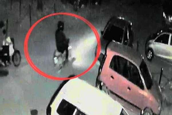 چھری مار چھلاوے کو گرفتار کرنے کا دعوے جھوٹ ثابت، کراچی میں ایک اور ..