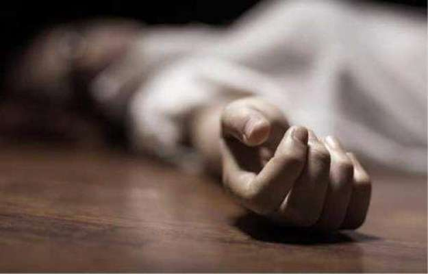 بھارت میں پل کا ایک حصہ گرنے سے دو خواتین سمیت 4 افراد ہلاک،34زخمی