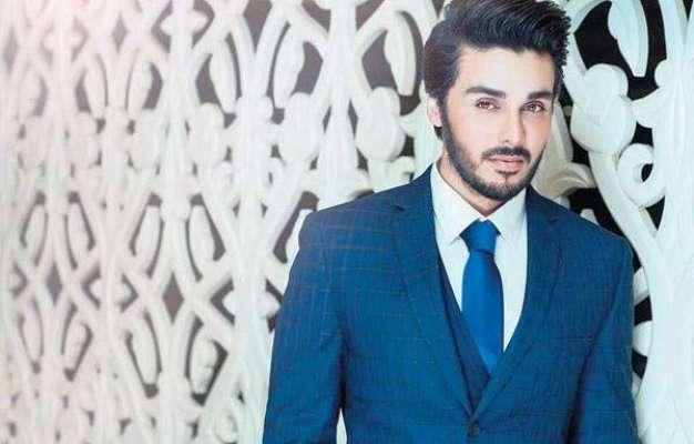 احسن خان کو مختلف نجی ٹی وی چینلز کی جانب سے رمضان ٹرانسمیشن میں میزبانی ..