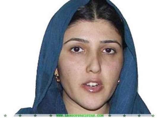 تحریک انصاف کی جانب سے عائشہ گلالئی کا اظہار وجوہ کا نوٹس جاری